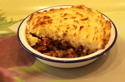 shepherd s pie shepherd s pie with parsnip shepherds pie dun cut into ...